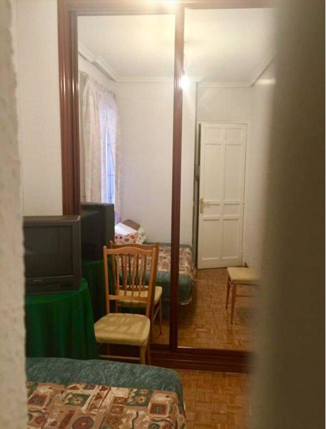 Piso Compartido - Salamanca - Alquilo habitacion en calle Juan bravo MADRID  | EasyPiso - Image 3