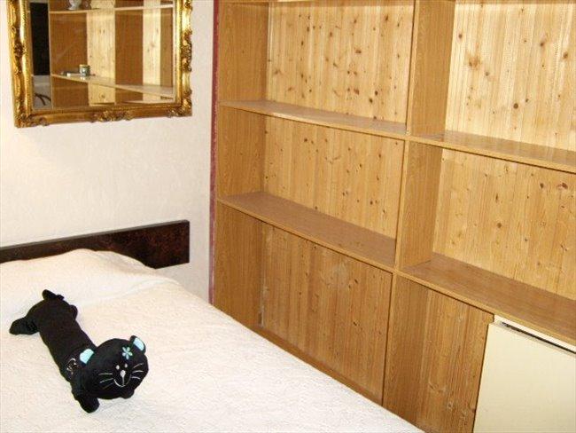 Piso Compartido en Tarragona - habitacion  | EasyPiso - Image 3