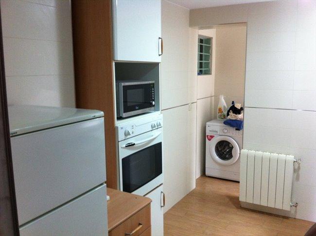 Piso Compartido en Leganés - Habitación de Alquiler Getafe 27 Leganés (Madrid) | EasyPiso - Image 6