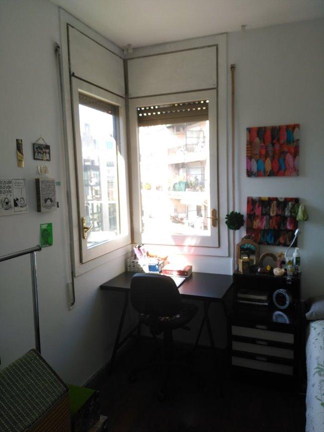Piso compartido en eixample habitaci n exterior cerca de for Piso 1 habitacion barcelona