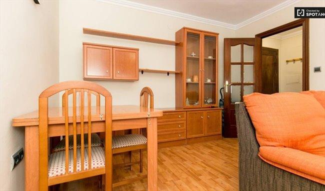 El mejor piso de Granada con Limpiadora e Internet - Norte, Centro - Image 2
