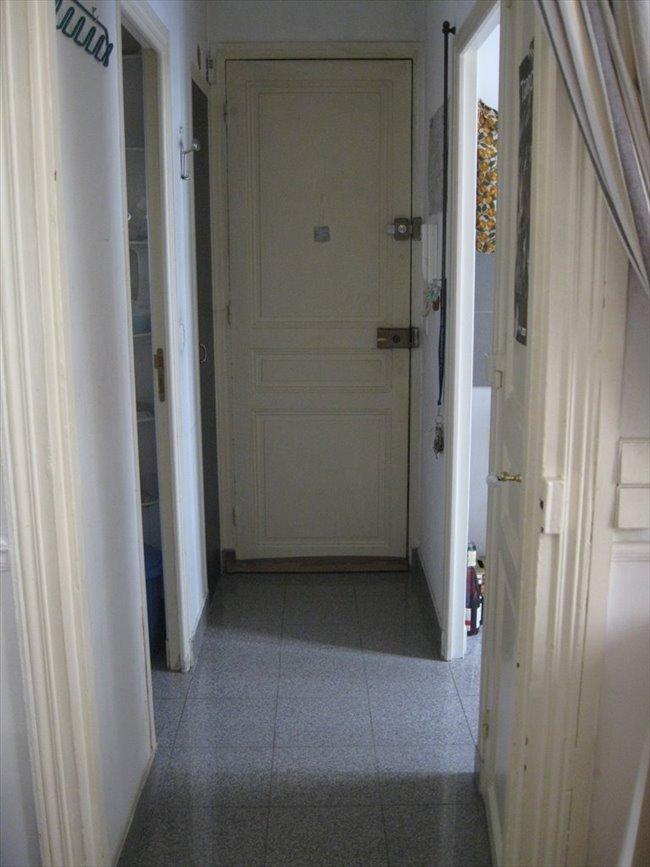 colocation 15 me arrondissement colocation courte dur e dans le 15eme appartager. Black Bedroom Furniture Sets. Home Design Ideas