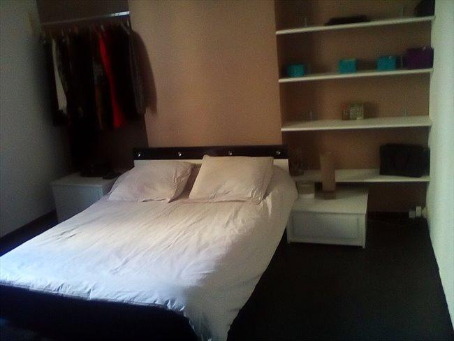 Colocation marseille chambre louer dans t4 appartager - Chambre a louer marseille ...