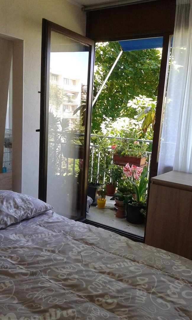 Colocation v lizy villacoublay chez particulier loue for Chambre chez particuliers