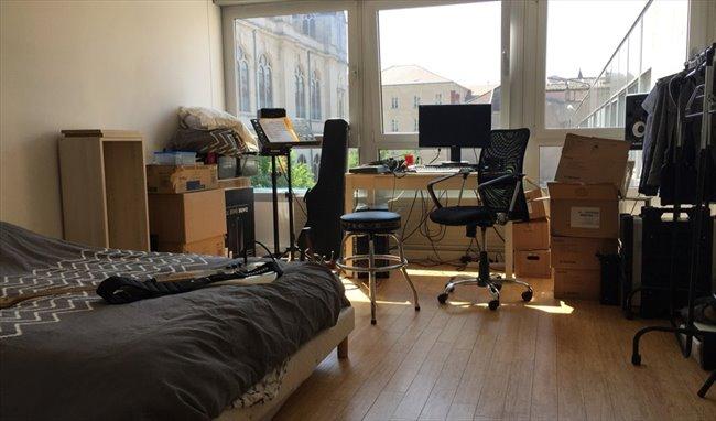 Colocation à Nancy - loue 1 pièce (20 m2) dans F5 de 140 ...