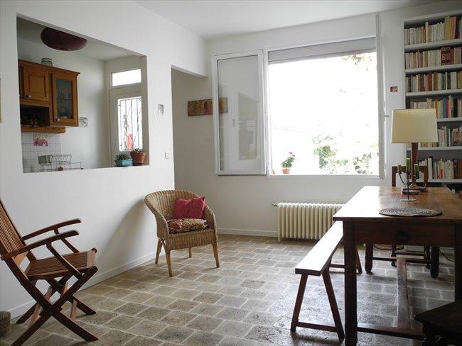 Agréable chambre dans maison avec grand  jardin - Montreuil, Paris - Seine-Saint-Denis - Image 4