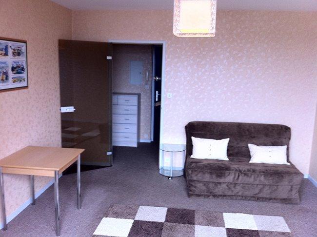 Loue T1 meublé et équipé tout confort en résidence - Le Havre - Image 3