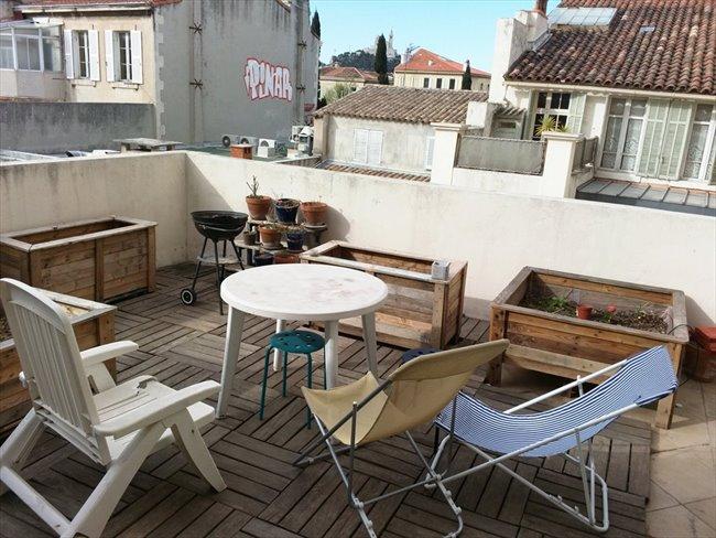 Magnifique appartement atypique avec 2 terrasses pour for Appartement atypique 78