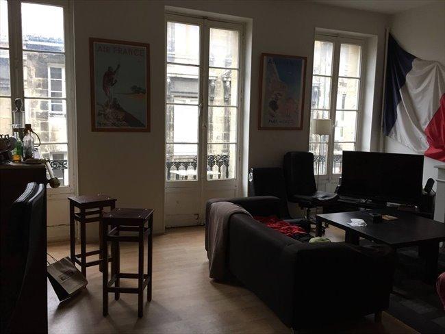 chambre en pleine centre pas 28 images petite chambre cosy en plein centre de bordeaux. Black Bedroom Furniture Sets. Home Design Ideas