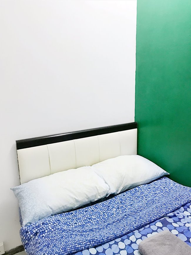 Roomshare - Sai Ying Pun - *Feb 3rd* Room in Sheung Wan, near SOHO (B) | EasyRoommate - Image 2