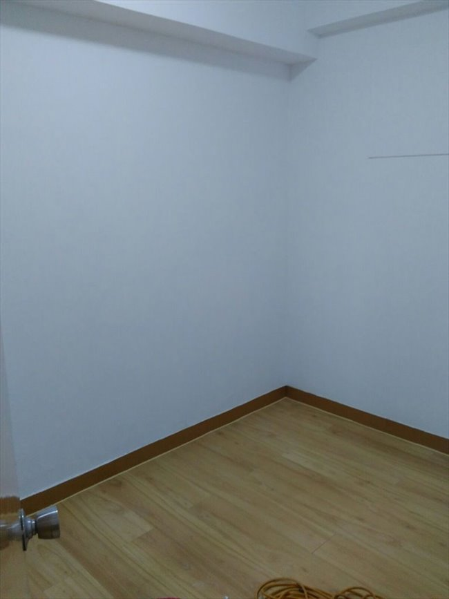 Room for rent in Sai Ying Pun - Two rooms with Balcony asking $13500 - Image 4