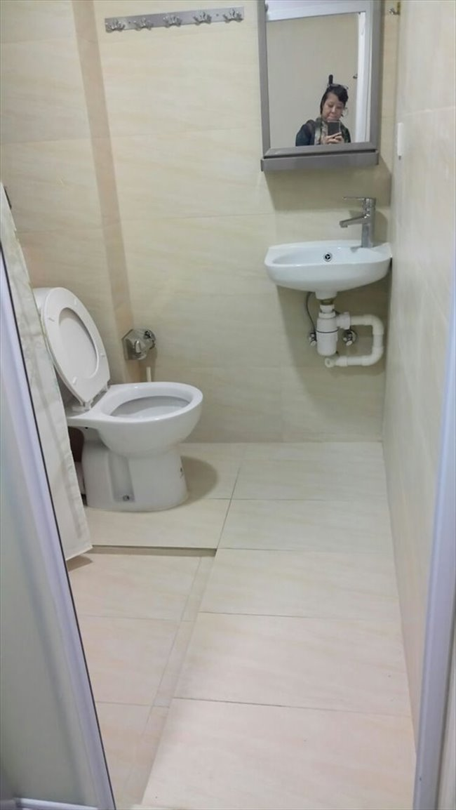 Room for rent in Sai Ying Pun - Nice Studio Room with lift  - Image 2