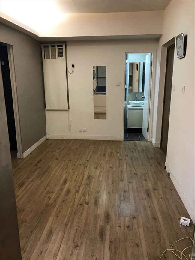 Room for rent in Sheung Wan - Nice Renovation apartment in Sheung Wan  - Image 2