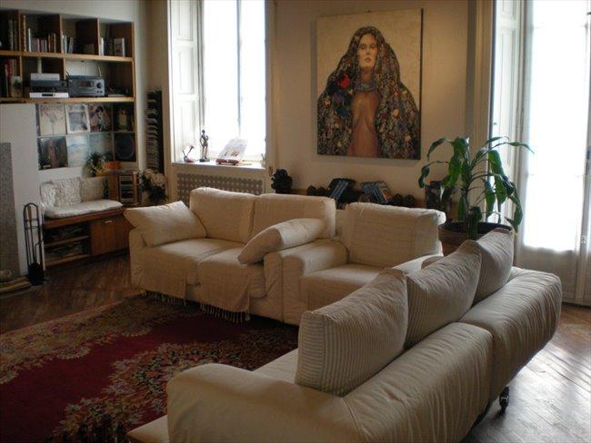 Stanze e Posti Letto in Affitto - Milano Centro - Tiny and bright in Brera | EasyStanza - Image 3