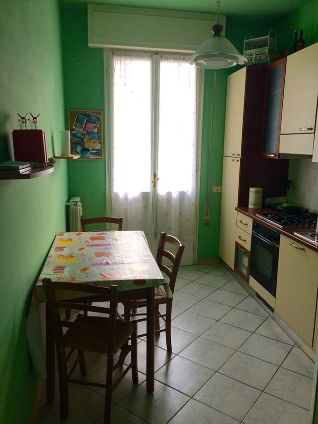Stanze e Posti Letto in Affitto - Maiano - Camera Singola Matrimoniale - Libera da subito | EasyStanza - Image 4