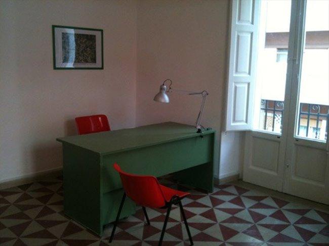 Stanze e posti letto in affitto bari camera singola for Stanze in affitto bari