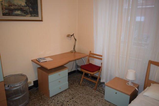Stanze in Affitto - Genova - Vicino Università Via Balbi, No Centro Storico, solo studentesse. | EasyStanza - Image 4