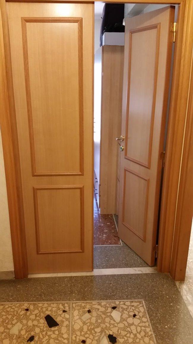 Stanze in Affitto - Don Bosco-Cinecitta' - AFFITTO CAMERA AMMOBILIATA IN APPERTAMENTO | EasyStanza - Image 8
