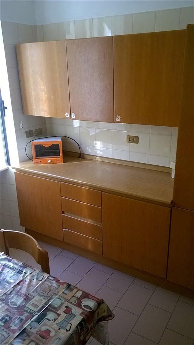 Stanze e Posti Letto in Affitto - Genova - Affitto Stanze per studenti  | EasyStanza - Image 2