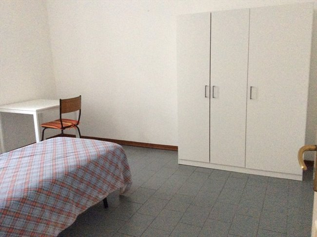 Stanze e Posti Letto in Affitto - Genova - Affitto Stanze per studenti  | EasyStanza - Image 8