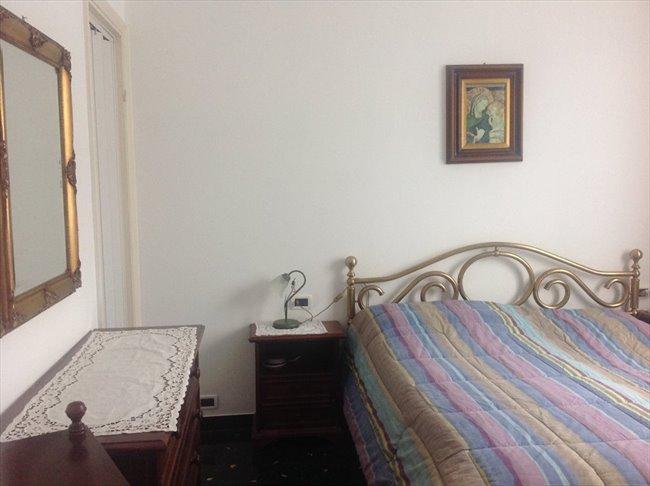 Stanze in Affitto - Genova - Camera grande uso singolo | EasyStanza - Image 1