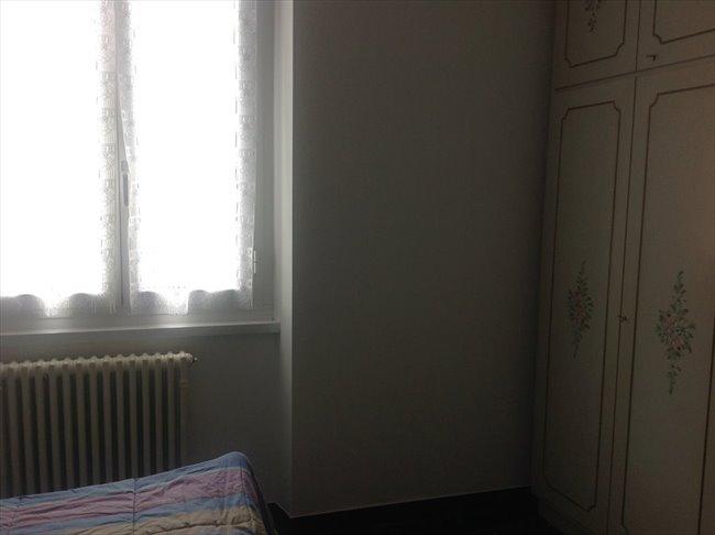 Stanze in Affitto - Genova - Camera grande uso singolo | EasyStanza - Image 2