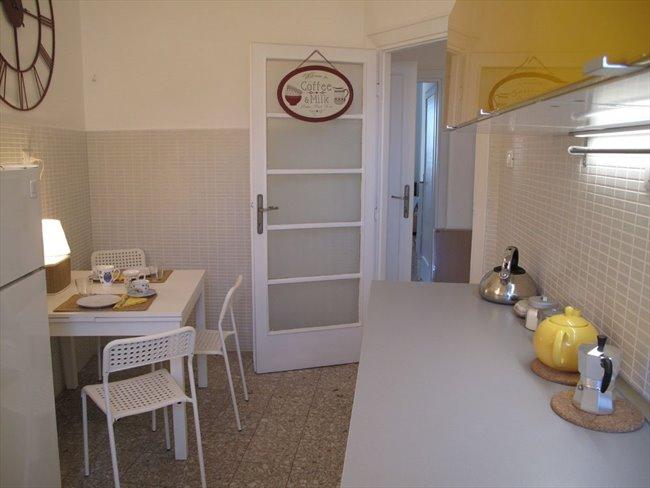 Stanze in Affitto - Bologna-Nomentano - Stanze in affitto a studentesse – Piazzale delle Provincie | EasyStanza - Image 3