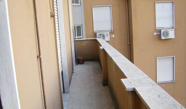 Stanze in Affitto - Bologna-Nomentano - Stanze in affitto a studentesse – Piazzale delle Provincie | EasyStanza - Image 6