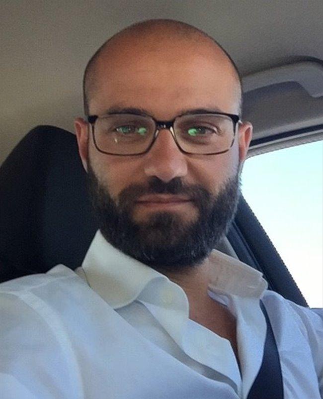 Alessandro - Professione non specificata - Maschio - Milano - Image 1