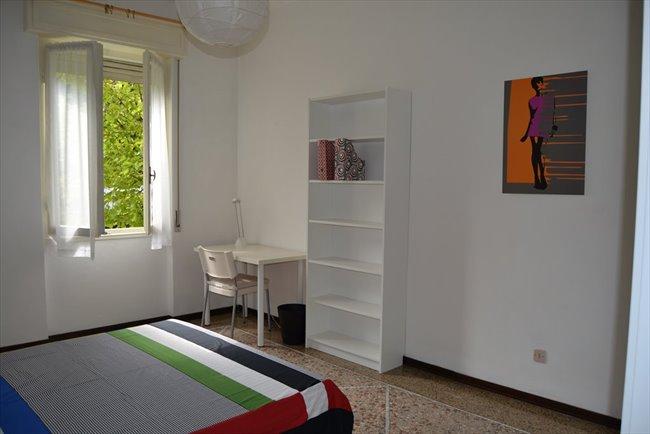 Stanze in affitto brescia stanza singola con letto for Stanze in affitto brescia