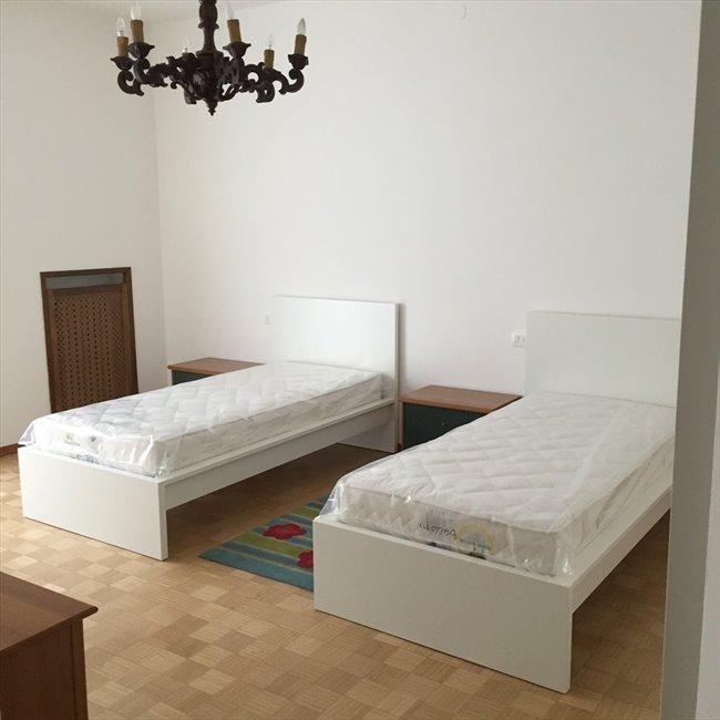 Stanze in Affitto - Verona - Ampia stanza con letto matrimoniale  EasyStanza