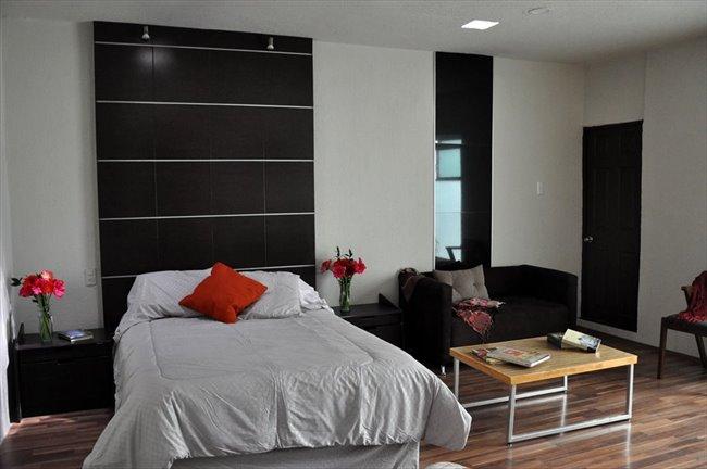 Cuartos en Renta - Querétaro - Ahora  reforma 110 cuartos con baño propio | CompartoDepa - Image 1