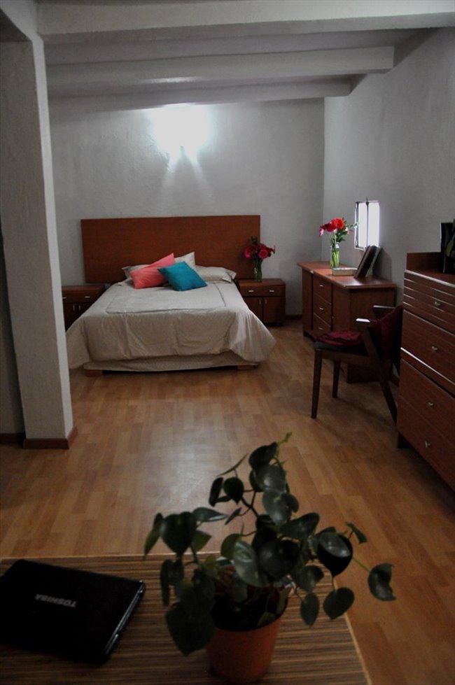 Cuartos en Renta - Querétaro - Ahora  reforma 110 cuartos con baño propio | CompartoDepa - Image 6