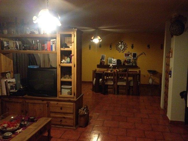 Cuartos en Renta - Puebla - Habitacion  en el centro | CompartoDepa - Image 2