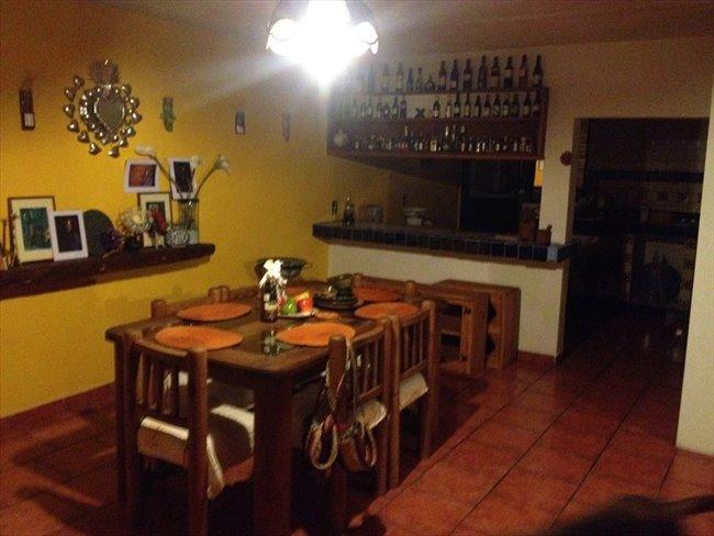 Cuartos en Renta - Puebla - Habitacion  en el centro | CompartoDepa - Image 4