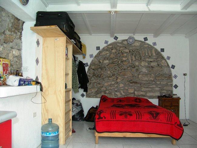 Cuartos en Renta - Puebla - Habitacion tipo Mini Depa amueblado en CENTRO de Puebla | CompartoDepa - Image 3