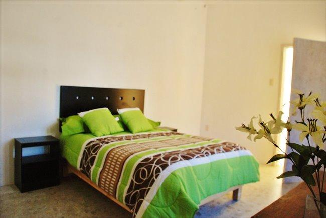 Cuarto en renta en Querétaro - TEC DE MONTERREY / CENTRO QUERETARO: HABITACIONES AMUEBLADAS | CompartoDepa - Image 2