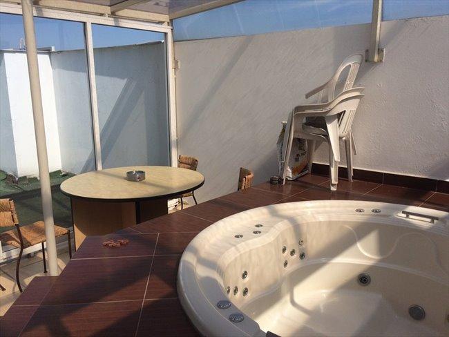 Baños Con Vestidor Incluido: RENTA RECÁMARA CON BAÑO PRIVADO EN SANTA FE
