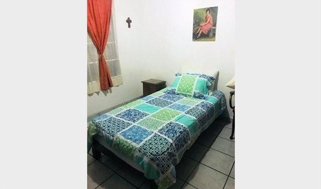 Cuartos en Renta - Querétaro - BUSCO ROOMIE!! | CompartoDepa - Image 1