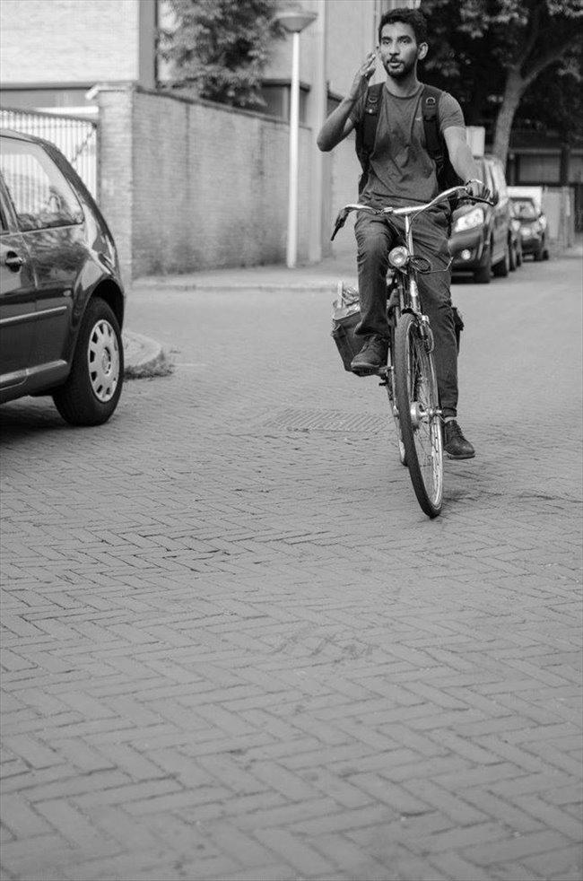 Omer - Werkend - Man - Amsterdam - Image 1