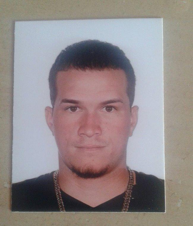 Andres jose Hernandez - Student - Man - Rotterdam - Image 1
