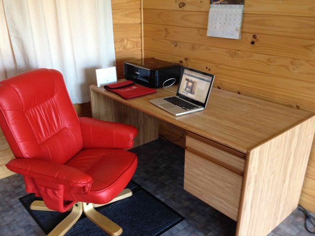 Room to rent in Invercargill - Quite mature flatmates welcome - Image 4