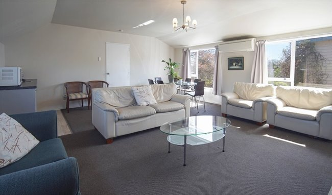 Flatshare - Christchurch - 7 Bedroom  refurbished home | EasyRoommate - Image 5