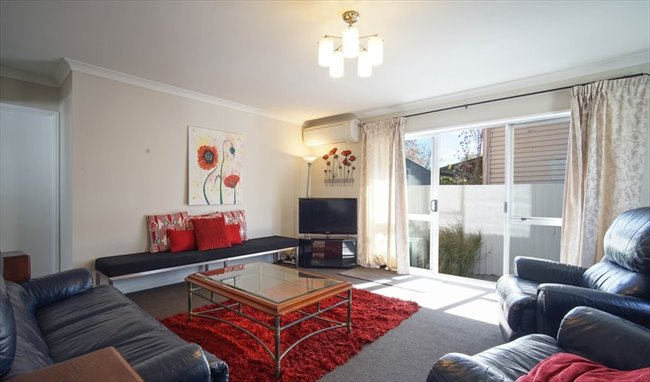 Flatshare - Christchurch - 7 Bedroom  refurbished home | EasyRoommate - Image 6