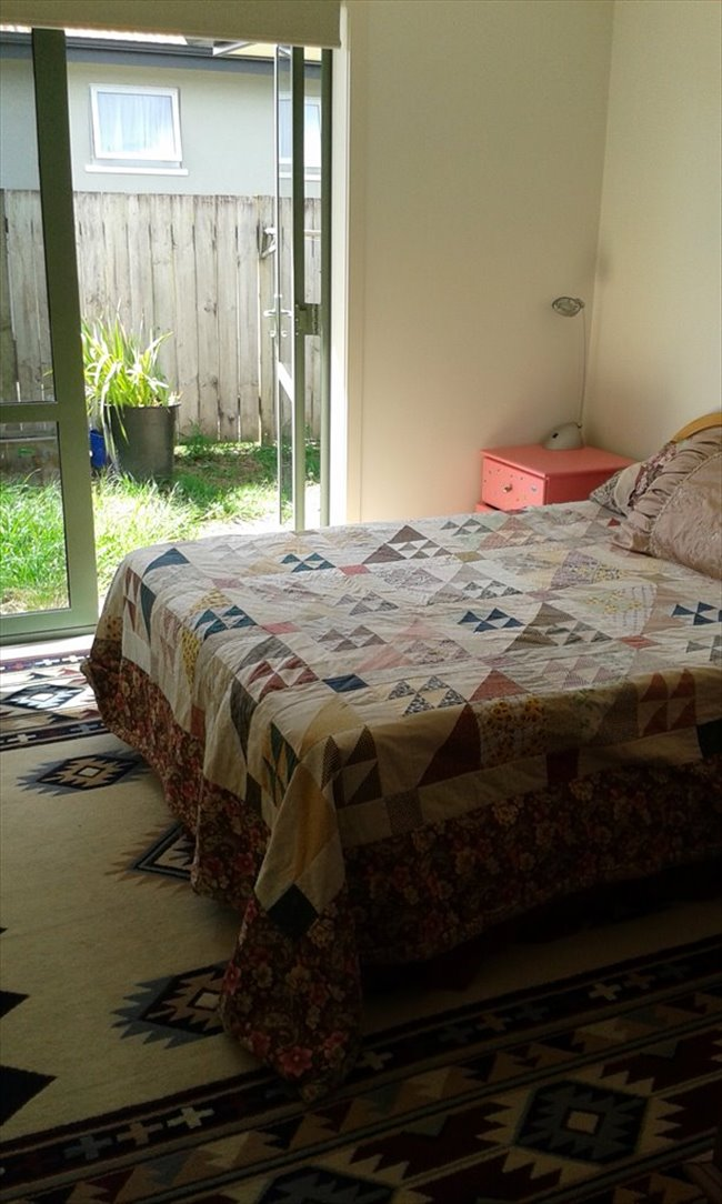 Room to rent in Hamilton - Female flatmate - Image 2