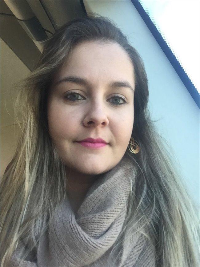 Jessika  - Profissional - Feminino - Lisboa - Image 1