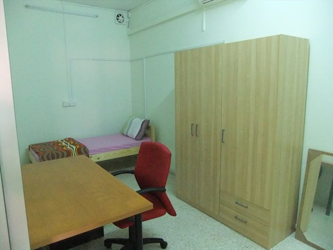 Room for rent in Bras Basah - Monica's Homestay at the HEART of action - Image 4