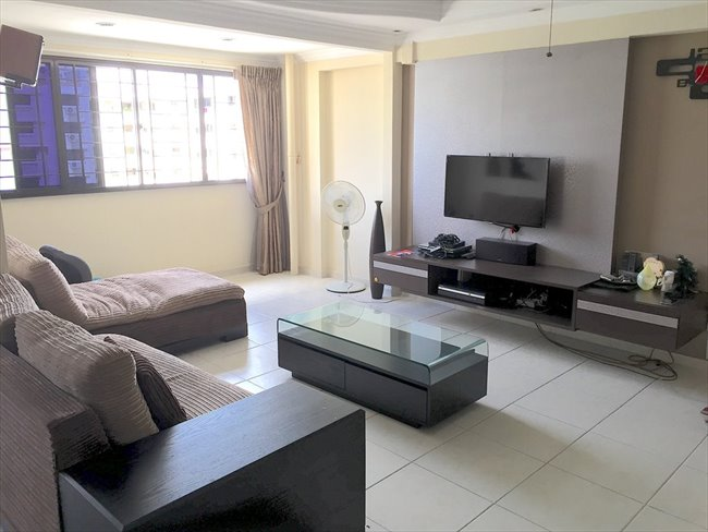 Room for rent in Admiralty - 3+1 Blk661 Woodlands for rent! - Image 1