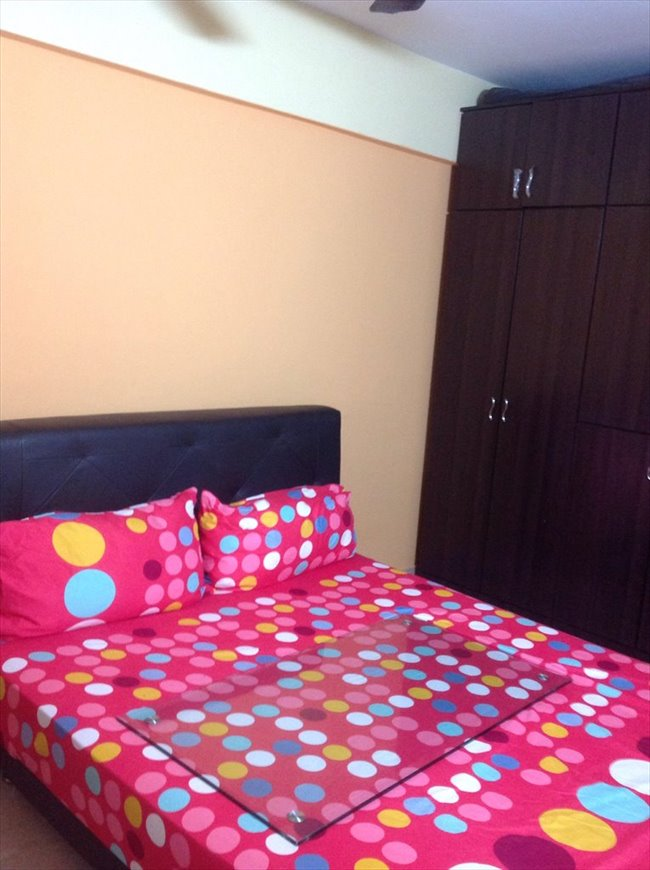 Room for rent in serangoon no agent fee near mrt cooking allowed Master bedroom for rent near serangoon mrt