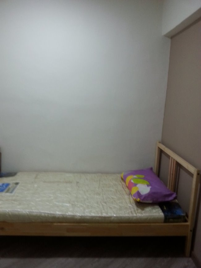 Room for rent in chinese garden room near jurong east for Garden rooms near me